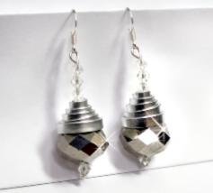 Earrings - Metallic