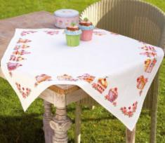 "PN-0144087 Vervaco Tablecloth ""Cupcakes"""
