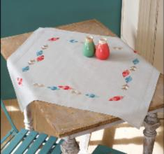 "PN-0157563 Vervaco Tablecloth ""Feathers"""