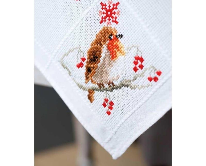 Cross Stitch Kit Robin Table Runner Vervaco PN-0155637